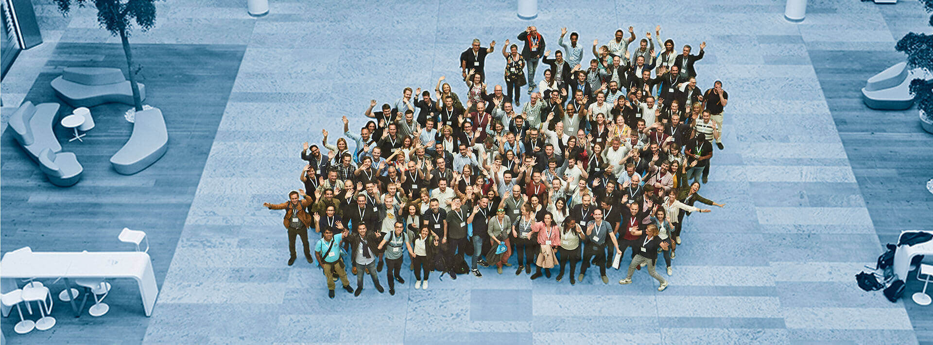 F24 Grouppicture Career